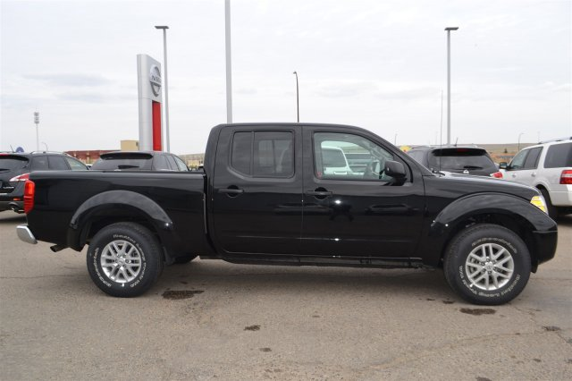 new 2015 nissan frontier sv premium crew cab pickup near. Black Bedroom Furniture Sets. Home Design Ideas